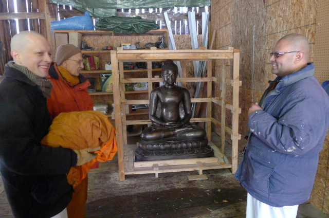 New Buddha Rupa Ariving From Thailand