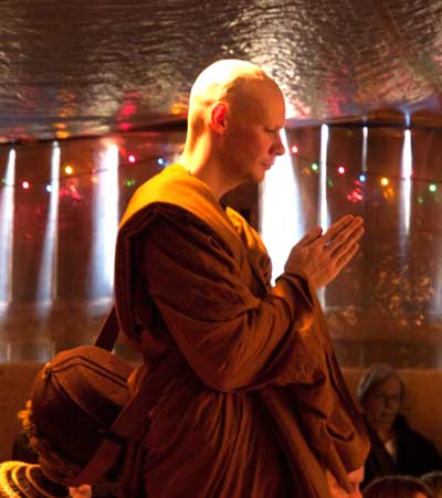 Samanera Sumangalo requests admittance into the Sangha